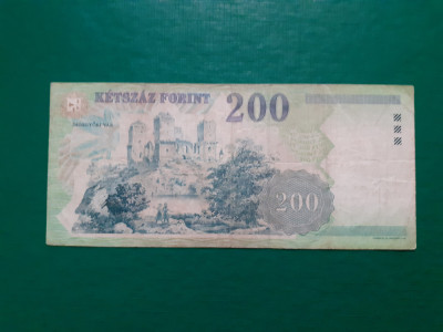 Ungaria , 200 Forint 2001 foto