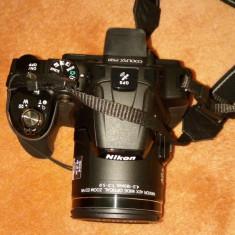 Vand aparat foto NIKON P520 cu toate accesoriile incluse