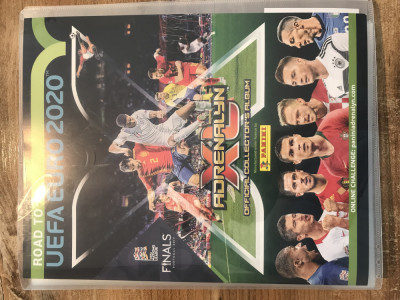 Panini Road to Euro 2020 Adrenalyn XL Binder si 250 carduri Team Mates diferite foto