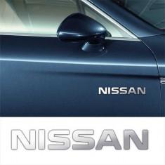 Stickere laterale CHROME - NISSAN (set 2 buc.)