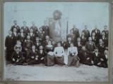 Membrii Societatii de binefacere Moldova la sfintirea steagului , 29 Mai 1900
