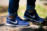 Pantofi sport barbati Nike Md Runner 2 749794-410, 44, 44.5, 45, 45.5