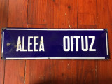 Decor / Design / Vintage - Veche tabla emailata / placa stradala - Aleea Oituz !