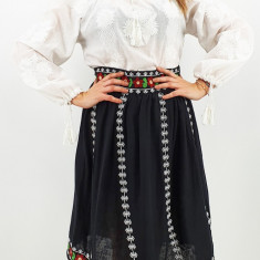 Fusta stilizata cu motive traditionale Ioana 2
