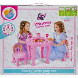 Masuta cu 2 scaunele si accesorii Vanity Party