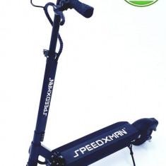 Trotineta electrica SPEEDXMAN, Viteza 40 Km/h, Autonomie 40-70 Km, Motor 500 W, Suspensie fata/spate - amortizor simplu, Roti pneumatice 8inch (Negru)