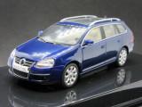 Macheta Volkswagen Golf V variant Autoart 1:43