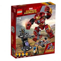 LEGO Marvel Super Heroes - Distrugerea Hulkbuster 76104