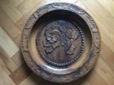 Farfurie rustica bavareza,sculpatata in lemn