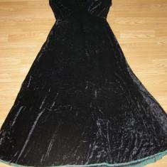 costum carnaval serbare rochie medievala pentru adulti marime L-XL