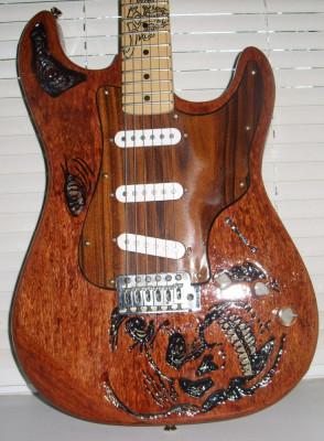 chitara electrica tip stratocaster foto