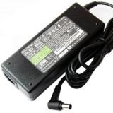 Alimentator laptop second hand original SONY VGP-AC19V20 19.5V 3.9A ADP-75UB tip mufa cu pin 6.5mm x 4.4mm