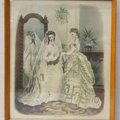 TINARA CU ROCHE DE MIREASA SI DOMNISOARA DE ONOARE , MODA PARIZIANA , GRAVURA ORIGINALA , COLORATA MANUAL , DATATA 1872