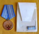 Ordinul Meritul Militar RSR clasa a II-a, cu bareta si etui, in stare excelenta