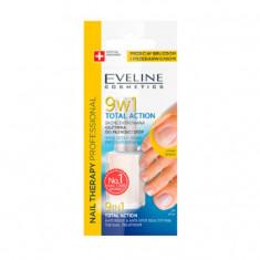 Balsam de unghii concentrat Eveline Cosmetics pentru unghiile picioarelor Total action9 in 1