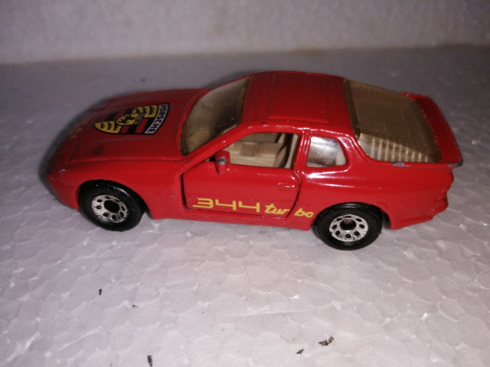 bnk jc Matchbox Porsche 944 Turbo - 1/57