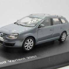 Macheta Volkswagen Golf V 1:43