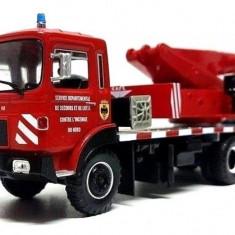 Macheta camion SAVIEM EPG 6X6 GRUA CAFL scara 1:43