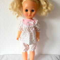 Papusa Aradeanca, 50cm, anii '80, par blond lung, ochi mobili albastri
