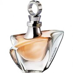 Pour Elle Apa de parfum Femei 50 ml