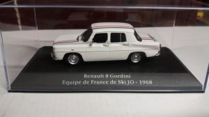 macheta renault 8 gordini equipe de france de ski jo 1968 - 1/43, atlas.