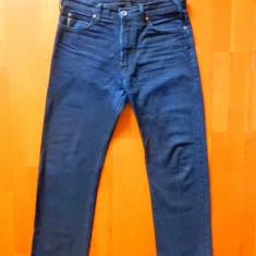 Blugi Armani Jeans. Marime 34, vezi dimensiuni exacte; impecabili, ca noi