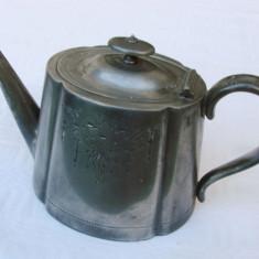 Ceainic din cositor placat cu argint, producator T Land & Son, anii 1901 - 1919