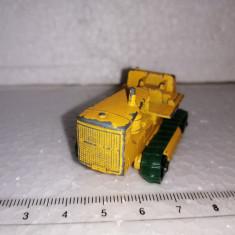 bnk jc Matchbox 8d Caterpillar Tractor