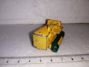 bnk jc Matchbox 8d Caterpillar Tractor