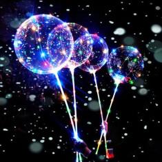 Balon luminos Bobo LED multicolor, diametru 35 cm, forma rotunda, suport bat