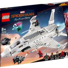 LEGO Marvel Super Heroes - Avionul Stark si atacul dronelor 76130