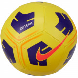 Cumpara ieftin Mingi de fotbal Nike Park Team Ball CU8033-720 galben