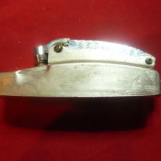Bricheta veche China , metal , L= 7cm
