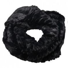 Fular calduros Dave cu insertii de paiete,model circular,nuanta de negru