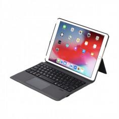 Husa carcasa stand cu tastatura si touchpad pentru iPad 10.2 inch A2200, A2198, A2232, din piele ecologica cu suport touchpen, negru