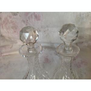 Pereche flacoane parfum vechi, cristal fatetat manual