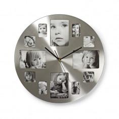 Ceas de perete cu rama foto, 12 poze, 40 cm, mecanism Quartz, argintiu
