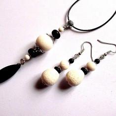set coral alb si howlite negru 33316