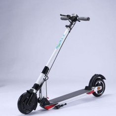 Trotineta electrica E-TWOW GT 2020, Viteza maxima 40 Km/h, Autonomie 50 Km, Putere motor 700W (Alb)