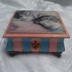 Caseta pentru bijuterii 12,5x12 cm