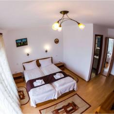 Inchiriez 2 camere in regim hotelier
