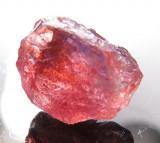 Safir NATURAL rosu  cristal BRUT 2,09 ct.- cristal curat - netratat