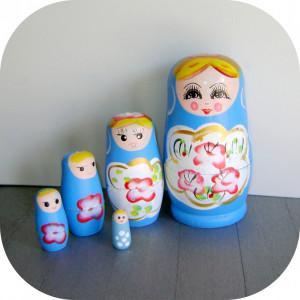 Papusa / Jucarie din lemn_Matrioska albastru_5 in 1