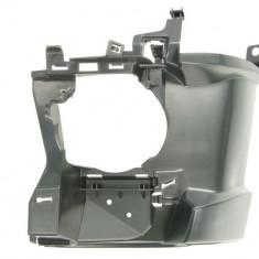 Suport proiector fata stanga plastic BMW Seria 3 (F30 F80) 3 (F31) intre 2013 2017