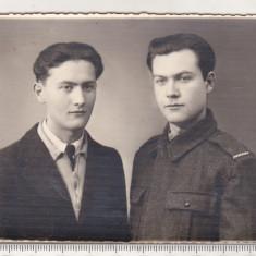 bnk foto - Portrete de barbati - Foto Studio G I Hansa Ramnicu Sarat 1942