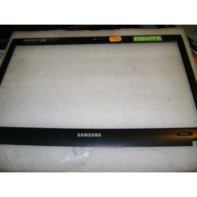 Rama - bezzel laptop Samsung NP-R522 foto