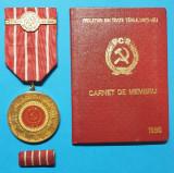 Lot Partidul Comunist Roman CARNET DE MEMBRU de partid si medalie 1971 Ceausescu