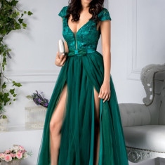 Rochie Michelle lunga de seara verde cu broderie la bust