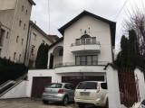 Casa/pensiune cu 12 camere