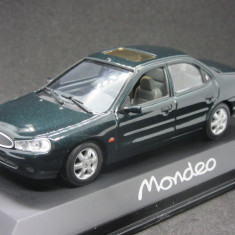 Macheta Ford Mondeo MK2 Sedan Minichamps 1:43